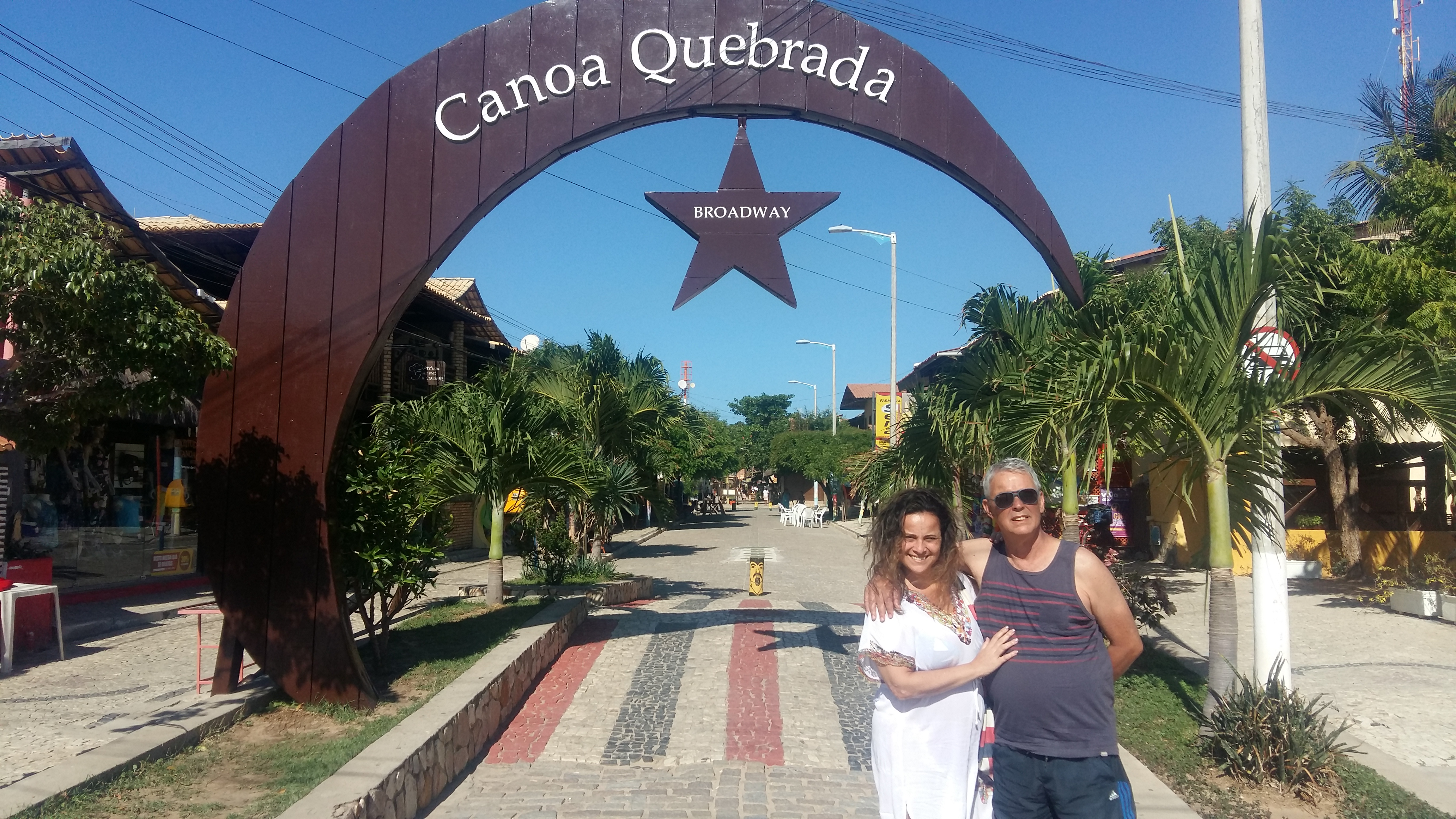 BROADWAY - CANOA QUEBRADA